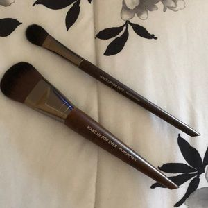 Make Up For Ever Brushes 108 and 144